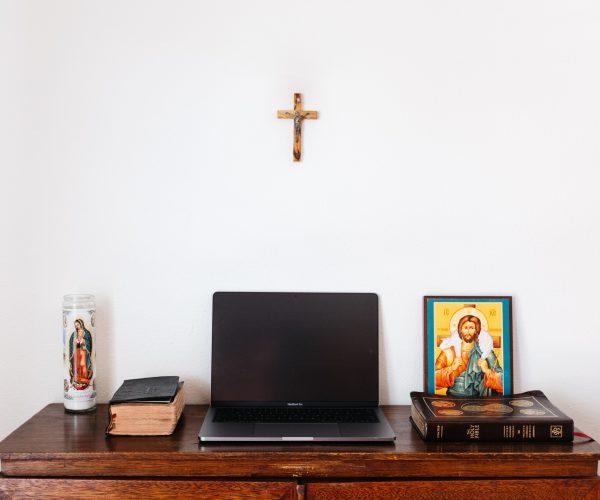 Gottesdienste live im Internet, Radio und Fernsehen